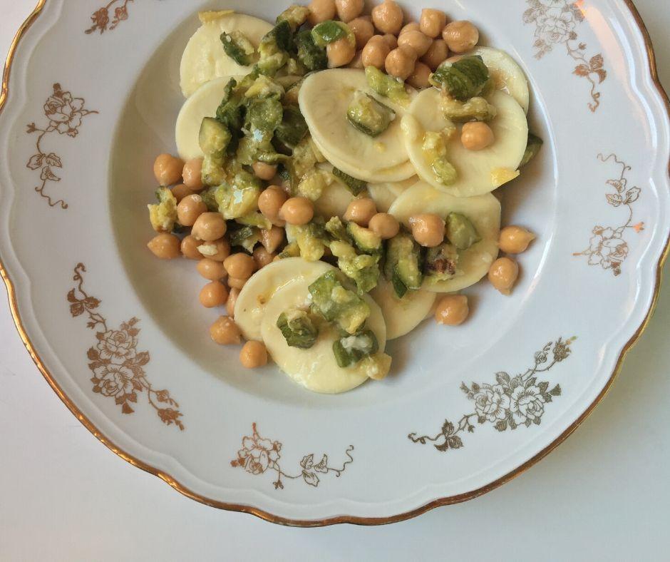 summer-style corzetti pasta e ceci